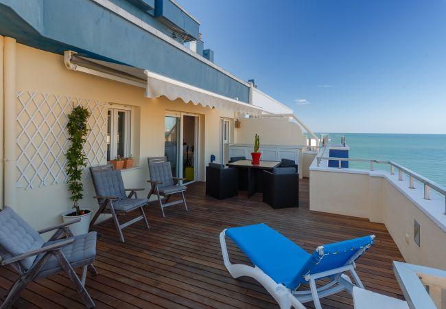 Apartamento en Cádiz - El Ático de la REINA