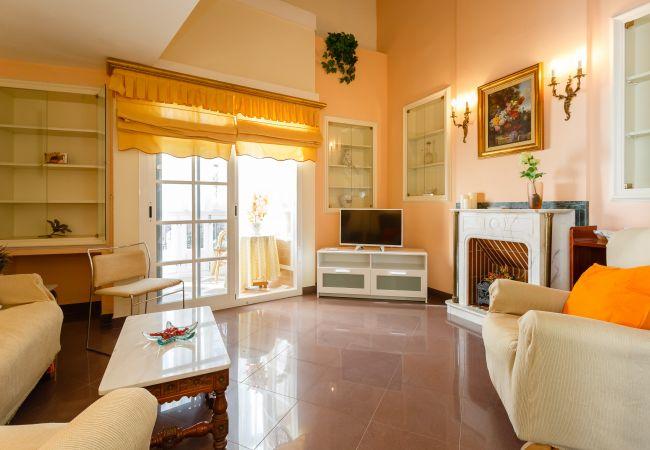 Apartment in Cádiz - Balcón de las FLORES
