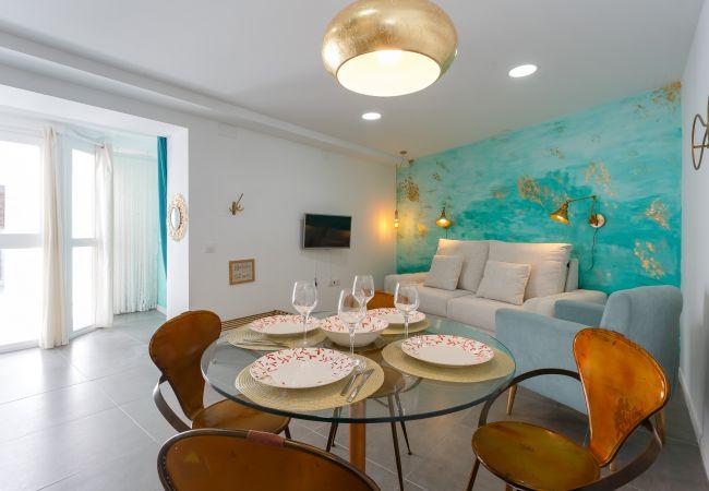 Apartment in Cádiz - Apartamento NAZARÍ Plaza