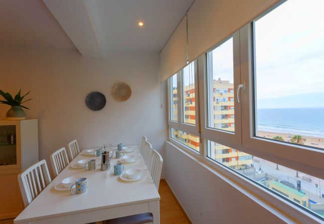 Apartment in Cádiz - Casa Ros-PLAYA (Free parking)